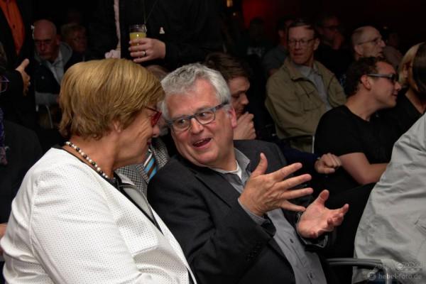 Bürgermeisterin Friederike Harlfinger im Gespräch mit Hans Hengelein, Referent LSBTTI und AIDS-Koordinator in Niedersächsischen Sozialministerium.