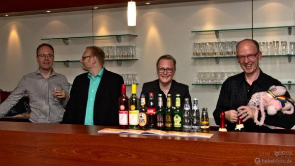 Für das leibliche Wohl sorgten u.a. Anton Umland, Mario Puchner, Anke Hagenbüchner und Christian Hoppe (Preisträger der Goldmarie 2014).